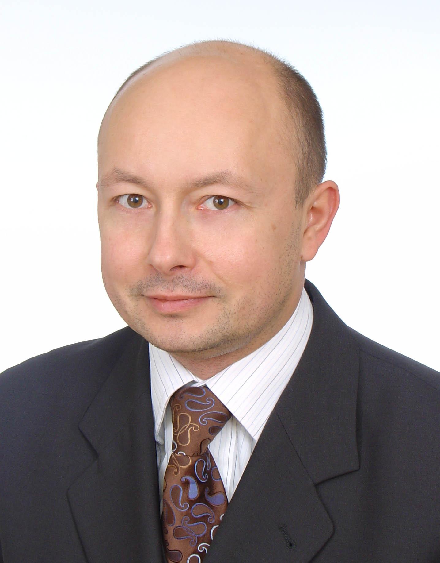 Kierownik Katedry i Zakładu: prof. dr hab. n. farm. Adam Buciński