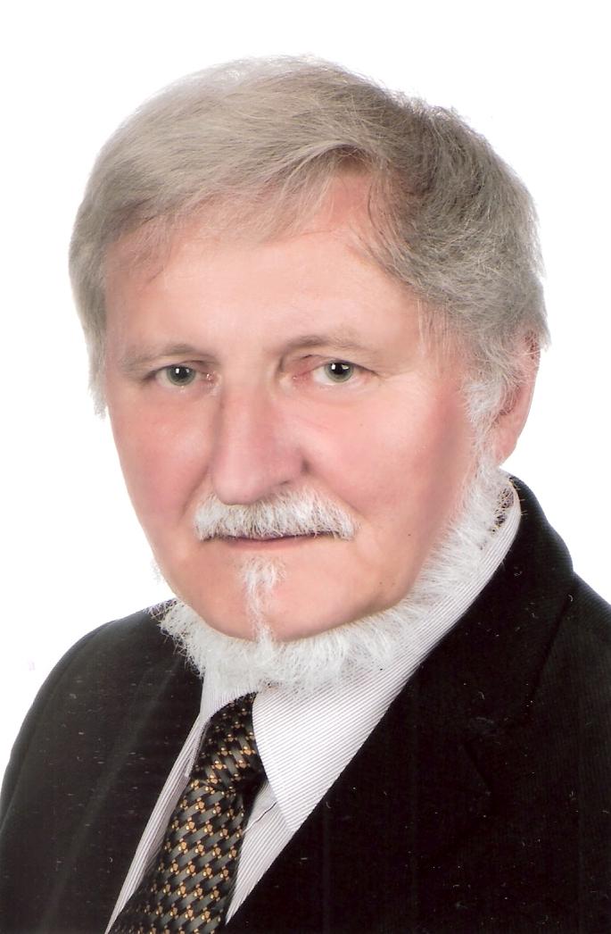 dr hab. n. biol. Tomasz Załuski, prof. UMK